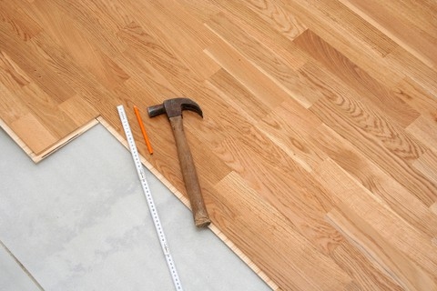 Who installs hardwood flooring