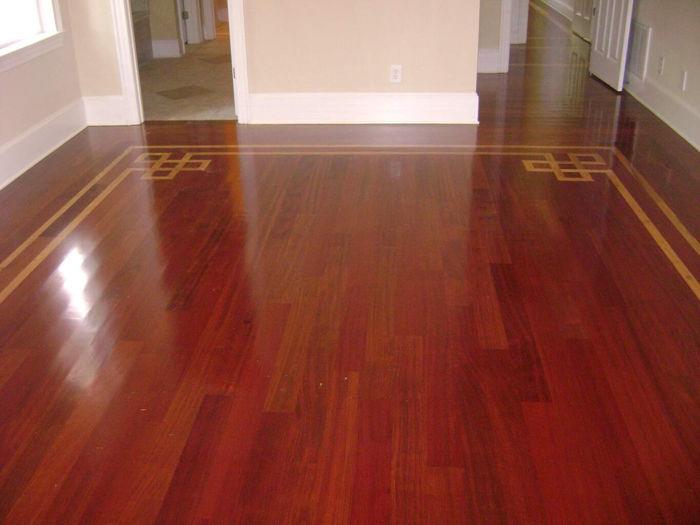 Wood floor inlay long island ny refinish restore hardwoods for Floating hardwood floor